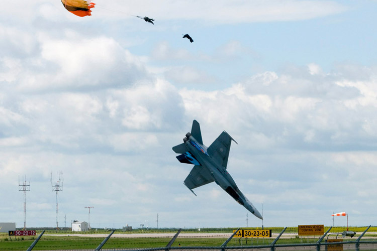 CF-18 fighter jet plummets to the ground